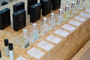 モノともの_DAWN_ Perfume